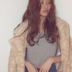 外国人風 ガーリー ロング パーマ ヘアスタイルや髪型の写真・画像