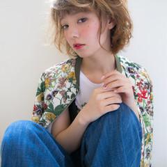 パーマ ハイトーン ショートバング モード ヘアスタイルや髪型の写真・画像