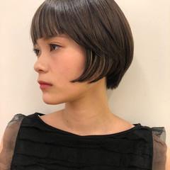 オフィス デート モード アウトドア ヘアスタイルや髪型の写真・画像