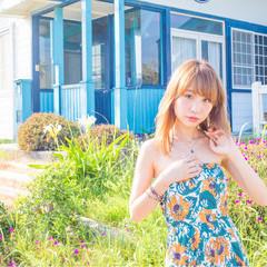 夏 フェミニン くせ毛風 セミロング ヘアスタイルや髪型の写真・画像