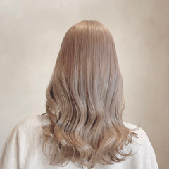 ミルクティー ガーリー ホワイトアッシュ ロング ヘアスタイルや髪型の写真・画像