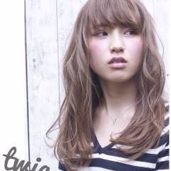 ナチュラル 無造作 グラデーションカラー 外国人風 ヘアスタイルや髪型の写真・画像