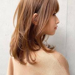 シースルーバング 外ハネ ハイライト 大人かわいい ヘアスタイルや髪型の写真・画像