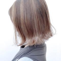 グラデーションカラー ボブ ナチュラル バレイヤージュ ヘアスタイルや髪型の写真・画像
