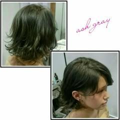 アッシュ グレージュ ハイトーン 黒髪 ヘアスタイルや髪型の写真・画像