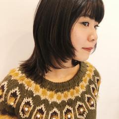 ミディアムレイヤー レイヤースタイル ミディアム レイヤーカット ヘアスタイルや髪型の写真・画像