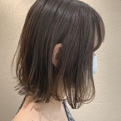 オリーブベージュ オリーブグレージュ ミニボブ ナチュラル ヘアスタイルや髪型の写真・画像