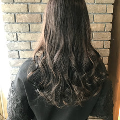 ブルージュ 透明感 ナチュラル アンニュイ ヘアスタイルや髪型の写真・画像