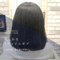 ナチュラル 前髪 グレージュ ミディアム ヘアスタイルや髪型の写真・画像