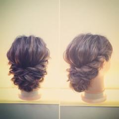 フェミニン ミディアム ゆるふわ ヘアアレンジ ヘアスタイルや髪型の写真・画像
