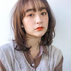 透明感カラー ゆるふわパーマ くびれボブ ミディアム ヘアスタイルや髪型の写真・画像