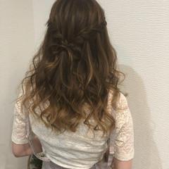 編み込み セミロング ウォーターフォール ヘアアレンジ ヘアスタイルや髪型の写真・画像