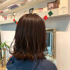 ラベンダーアッシュ ナチュラル ミディアム ラベンダーグレージュ ヘアスタイルや髪型の写真・画像