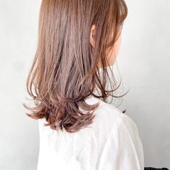アンニュイほつれヘア ミディアム 結婚式 ヘアアレンジ ヘアスタイルや髪型の写真・画像