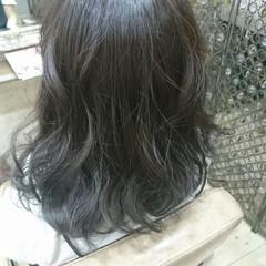 ブルージュ ストリート ゆるふわ ブリーチなし ヘアスタイルや髪型の写真・画像