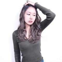 グラデーションカラー ロング ブルージュ 外国人風カラー ヘアスタイルや髪型の写真・画像