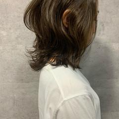レイヤーカット ナチュラル くびれカール ニュアンスウルフ ヘアスタイルや髪型の写真・画像