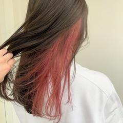 ガーリー インナーカラー セミロング グレージュ ヘアスタイルや髪型の写真・画像