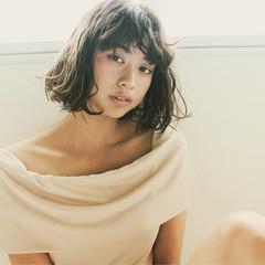 リラックス 女子会 グレージュ デート ヘアスタイルや髪型の写真・画像