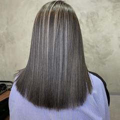 極細ハイライト 白髪染め ミディアム モード ヘアスタイルや髪型の写真・画像