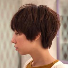 ベージュ ショート 簡単 ナチュラル ヘアスタイルや髪型の写真・画像