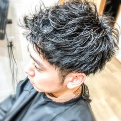 ショート かっこいい 束感バング ナチュラル ヘアスタイルや髪型の写真・画像
