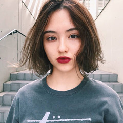 レイヤーカット 大人女子 ストリート ハイライト ヘアスタイルや髪型の写真・画像