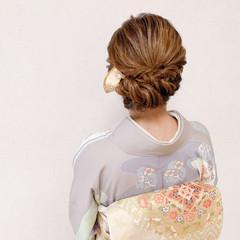 お呼ばれ ミディアム 訪問着 結婚式 ヘアスタイルや髪型の写真・画像