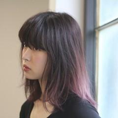 グラデーションカラー 暗髪 ミディアム ガーリー ヘアスタイルや髪型の写真・画像