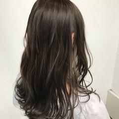 冬 透明感 ロング フェミニン ヘアスタイルや髪型の写真・画像