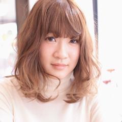 大人女子 ハイライト セミロング 小顔 ヘアスタイルや髪型の写真・画像