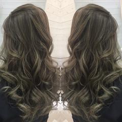 グラデーションカラー ナチュラル 暗髪 外国人風 ヘアスタイルや髪型の写真・画像