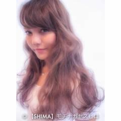 ピンク ストレート 外国人風 レッド ヘアスタイルや髪型の写真・画像