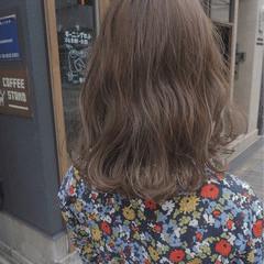 ミディアム イルミナカラー アンニュイ デート ヘアスタイルや髪型の写真・画像