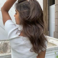 ヘルシースタイル 大人ハイライト ロング ハイライト ヘアスタイルや髪型の写真・画像