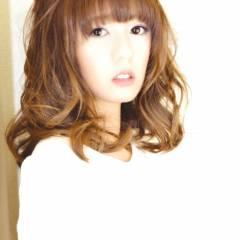 セミロング グラデーションカラー 秋 モード ヘアスタイルや髪型の写真・画像