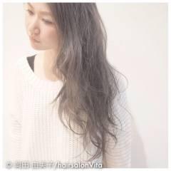 アッシュ 外国人風カラー 秋 ストリート ヘアスタイルや髪型の写真・画像