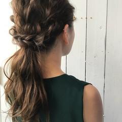 アンニュイほつれヘア 簡単ヘアアレンジ ナチュラル デート ヘアスタイルや髪型の写真・画像