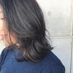 バレイヤージュ 外国人風 エレガント グレージュ ヘアスタイルや髪型の写真・画像