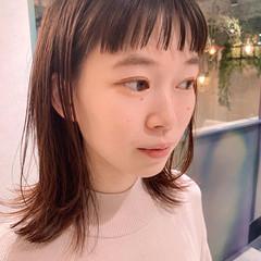 ミディアム 大人かわいい ナチュラル オン眉 ヘアスタイルや髪型の写真・画像