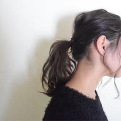 暗髪 ミディアム ポニーテール ナチュラル ヘアスタイルや髪型の写真・画像