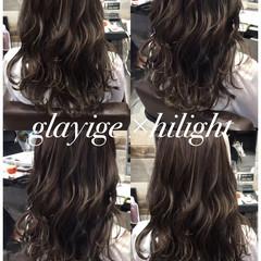 ストリート ウェーブ グレージュ ハイライト ヘアスタイルや髪型の写真・画像