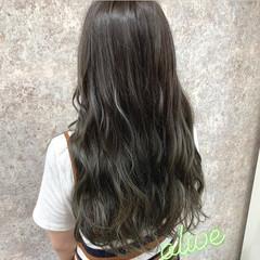 フェミニン ロング ダブルカラー グラデーションカラー ヘアスタイルや髪型の写真・画像
