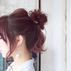 フェミニン ヘアアクセ ヘアアレンジ ロング ヘアスタイルや髪型の写真・画像