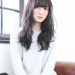 フェミニン ゆるふわ ナチュラル 黒髪 ヘアスタイルや髪型の写真・画像
