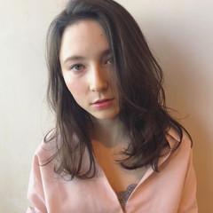 レイヤーカット 外国人風 セミロング 大人女子 ヘアスタイルや髪型の写真・画像