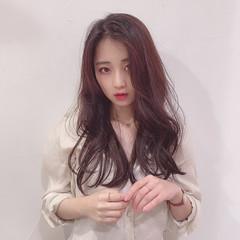 暗色カラー ナチュラル 韓国ヘア ロング ヘアスタイルや髪型の写真・画像