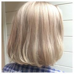 ストリート 外国人風 金髪 ハイトーン ヘアスタイルや髪型の写真・画像