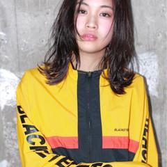 外国人風 ストリート ニュアンス ミディアム ヘアスタイルや髪型の写真・画像
