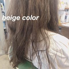 ヌーディベージュ ナチュラル ほつれウエーブ 美容師ピックアップ ヘアスタイルや髪型の写真・画像